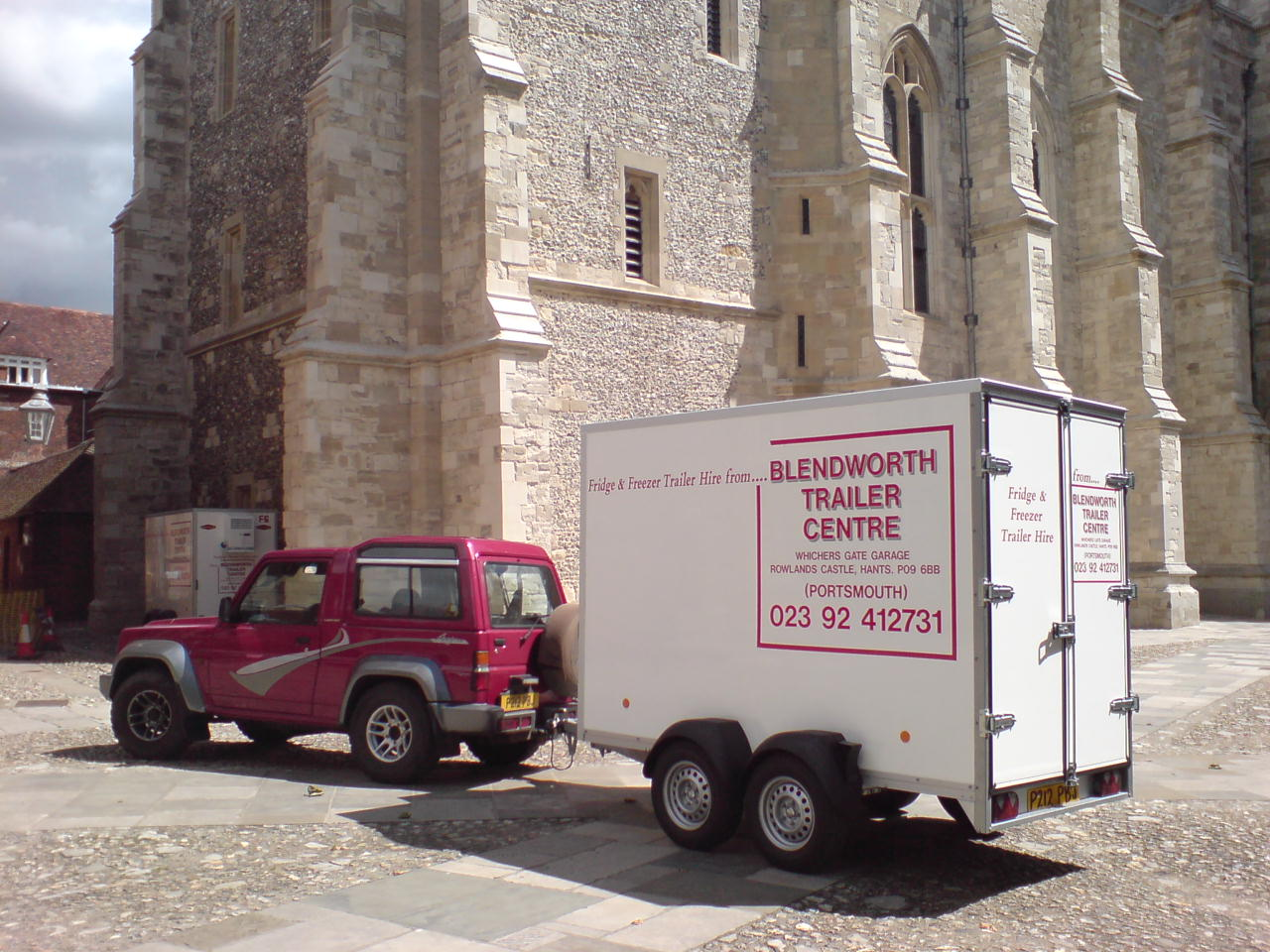 Delivering Fridge Trailer to Winchester College